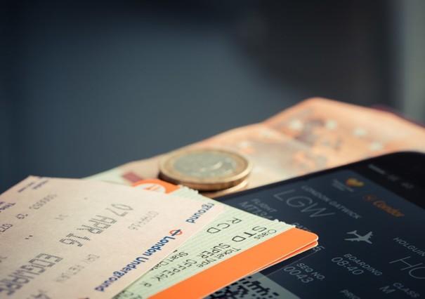 Bus- und Bahn Monatskarte kündigen